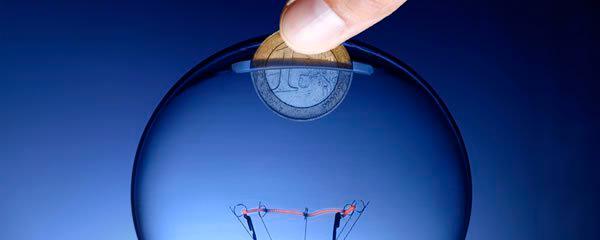 Refletor Solar 60 LEDs com Sensor de Movimento